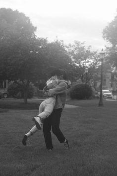 Te vi reír y pensé: Cómo me va a doler si algún día me faltas. Wanting A Boyfriend, Boyfriend Goals, Future Boyfriend, Boyfriend Girlfriend, Couple Goals, Cute Couples Goals, Relationship Goals Pictures, Cute Relationships, Photographie Portrait Inspiration