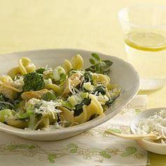Fiore With Broccoli Rabe, Chicken, and Pecorino Cheese | MyRecipes.com