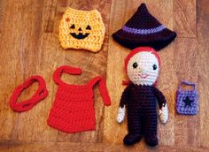 Caron® Simply Soft® Dress Up Trick or Treater Powers Ames Bratcher Crochet Fall, Knit Or Crochet, Crochet Motif, Crochet Crafts, Yarn Crafts, Crochet Toys, Crochet Ideas, Knitting Patterns, Tejidos