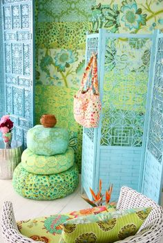 Amy Butler colours and patterns Interior Flat, Interior And Exterior, Amy Butler, Do It Yourself Design, Vert Turquoise, Color Lila, Deco Boheme, Interior Decorating, Interior Design