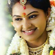 Saravanan Meenatchi Rachita  Tamil Serial Actress photos - http://vijaytamil.net/2015/01/saravanan-meenatchi-rachita-tamil-serial-actress-photos/