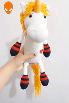 Toys, furniture etc for kiddies DIY Doll With Socks - DIY Tutorials Videos Diy Sock Toys, Sock Crafts, Diy Crafts For Gifts, Fun Crafts, Sewing Crafts, Crafts With Socks, Diy Dolls From Socks, Doll Videos, Sock Dolls