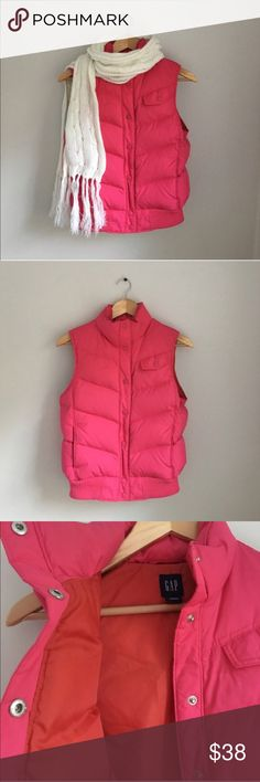 GAP Pink Puffer Vest Size Small Gorgeous Bright pink with coral lining Puffer Vest by GAP. Snap Front. Size Small. Excellent preowned condition. GAP Jackets & Coats Vests