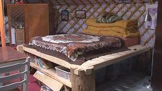 Ve vybavené jurtě se dá bydlet lépe než v paneláku — Extra — Zpravodajství Brno — Česká televize