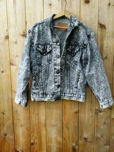 VINTAGE acid wash jacket Levis denim jean punk grunge nirvana 90s 1980s Levis Strauss large acid wash #vintage #fashion