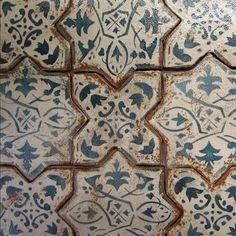 Mediterranean 27 On Marrakech. Interior stair risers.