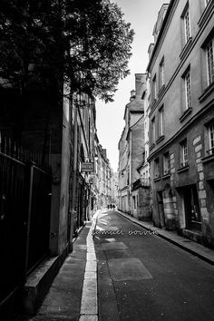 I could wander these streets forever! Old Parisian Street Art photography 12x8 by SamBoiv1