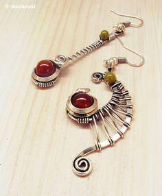 Boucles d'oreilles ethniques asymétriques - agate cornaline - orange / kaki