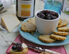 more than burnt toast: Blue Cheese Walnut Crackers and a Visit to Upper Bench Winery and Creamery