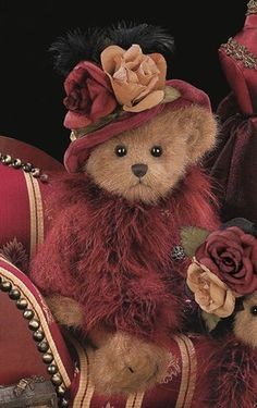 "**Bearington ""Vanna"" ~ gorgeous teddy bear in burgundy & camel."