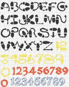 Schema punto croce Alfabeti strani