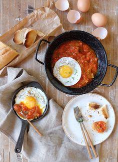 Huevos con samfaina
