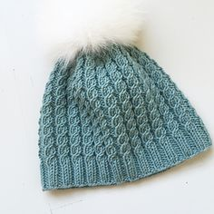 Ravelry: Flettefin Lue pattern by Floetre Ravelry, Knitted Hats, Barn, Girly, Knitting, Pattern, Fashion, Knit Hats, Moda