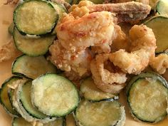 fritto misto di scampi, sogliole, calamari e verdure