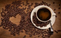 3 To 5 Cups Of Coffee Could Benefit Your Heart Health Coffee Wallpaper Iphone, Coffee Wallpapers, Coffee Shop, Coffee Cups, Coffee Beans, Coffee Theme Kitchen, Dessert Tray, Coffee Images, Coffee Benefits