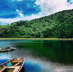 El dalvador Laguna verde ,  apaneca