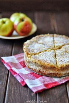 Szarlotka sypana (bez zagniatania, bez jajek) - Czekoladą Utkane Polish Desserts, Polish Recipes, Apple Cake, Sweet Life, Baked Goods, Food And Drink, Cooking Recipes, Sweets, Vegan