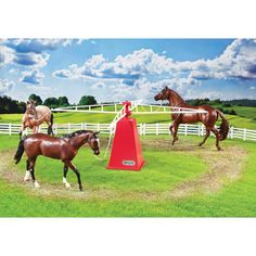 Toy Horse Stable, Play Horse, Horse Stables, Horse Barns, Horse Tack, Horse Walker, Four Horses, Horse Accessories, Breyer Horses