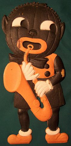 Vintage Halloween German Diecut Black Pumpkin Man with Sax Retro Halloween, Vintage Halloween Decorations, Halloween Displays, Halloween Books, Halloween Items, Halloween Cards, Scary Halloween, Halloween Treats, Halloween Pumpkins