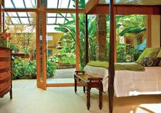 Discovering the Joy of Living Well at the Garden Atriums – Healthy Home – Mother Earth Living - Healthy Plants Atrium Garden, Atrium House, Courtyard House, Indoor Garden, Indoor Outdoor, Dream House Exterior, Dream House Plans, My Dream Home, Dream Big