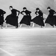 The TAO Dance Theater performing at @adidasy3 by Yohji Yamamoto #SS16 #PFW Photography @chloeledrezen
