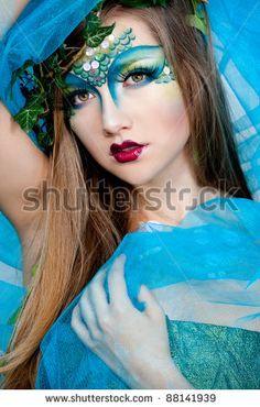 Sea-inspired makeup