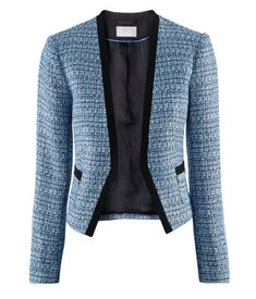 I love this blazer. I had the toughest time deciding between the papaya color and the blue, both are so lovely.
