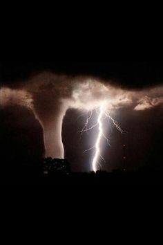 tornados are associated with electrical storms. scientists have been arguing for years as to whether storm electricity helps spawn tornados and whether electrical effects are important attributes of the funnels. All Nature, Science And Nature, Amazing Nature, Easy Science, It's Amazing, Amazing Things, Tornados, Thunderstorms, Into The Wild