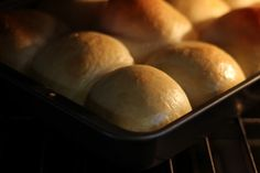 Cookistry: Need fresh buns for dinner? Do the work the day before! Bread Bun, Yeast Bread, Bread Rolls, Amish Bread, Dinner Rolls, Original Recipe, Buns, Bread Recipes, Baked Goods
