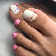 Summer Toes 40 Best Summer Toe Nail Art for 2019 Pretty Toe Nails, Cute Toe Nails, Toe Nail Art, Pedicure Designs, Manicure E Pedicure, Toe Nail Designs, Nails Design, Hair And Nails, Colorful Nail Designs