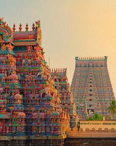 Indian Temple Architecture, Amazing Architecture, Photo Backgrounds, Background Images, Epic Pictures, Indiana, Hindu Temple, Ramanathaswamy Temple, Hindu Art