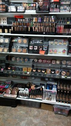 Outlet makeup
