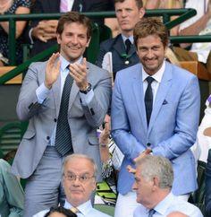 7 juli: Bradley Cooper en Gerard Butler: Ook de acteurs waren aanwezig bij het finalespel tussen de Britse en de Servische spelers in Londen.