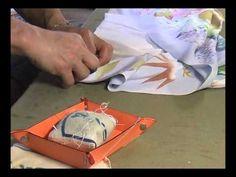 I am explaining how I sew a kimono. 和裁、振袖、振り、袖下の縫込みおさえ - YouTube
