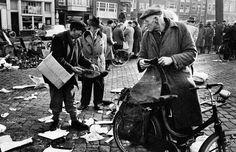 1956. Flea market at the Waterlooplein in Amsterdam. Photo: Ed van der Elsken #amsterdam #1956 #Waterlooplein