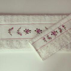 Beyaz dantelli gullu havlu - Satınalmak için rustikdekorasyon@gmail.com a mail atabilir ya da gittigidiyor daki mağazamızı ziyaret edebilirsiniz. http://dukkanlar.gittigidiyor.com/RUSTIK_DEKORASYON/HAVLULAR/
