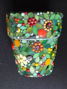 Mosaic plant pot (pique-assiette technique) to be sold for charity at the Harlow Carr exhibition in Harrogate. Mosaic Planters, Mosaic Vase, Mosaic Flower Pots, Mosaic Tiles, Pebble Mosaic, Mirror Mosaic, Mosaic Crafts, Mosaic Projects, Garden Projects