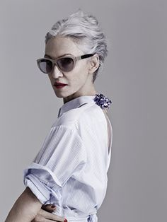 I don't say this lightly, but Linda Rodin is a beauty-industry icon: She's known for her eponymous beauty line (which includes the cult favorite Rodin Olio Lusso Luxury Face Oil—arguably the face oil that...