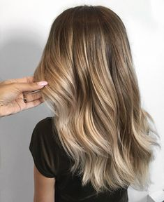 See this Instagram photo by @xo.farhana.balayage • 934 likes