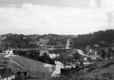1938 The Silver Lake Reservoir is set among houses and trees as seen here from 1911 Redcliff St. in Los Angeles. California History, Hotel California, Los Angeles California, Southern California, Lake Photos, Old Photos, Silver Lake Los Angeles, Atwater Village, Echo Park
