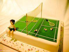 Badminton Ca ke Dad Birthday Cakes, Happy Birthday, Shuttle Badminton, Badminton Pictures, Sports Themed Cakes, Rugby, Sport Cakes, Novelty Cakes, Football