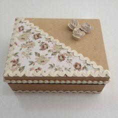 Handmade Jewelry Box, Vintage Jewelry Crafts, Craft Stick Crafts, Diy And Crafts, Army Decor, Diy Storage Boxes, Decoupage Box, Burlap Crafts, Card Box Wedding
