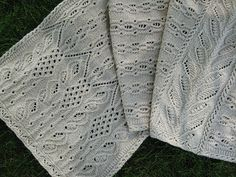 lacecablestole1 by mzannieknits, via Flickr