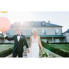 Dreaming of sunshine and big balloons today! Take me back to this day please!!! @partywithlenzo at @campbellpointhouse  by hellodarlingphoto http://ift.tt/1JO3Y6G