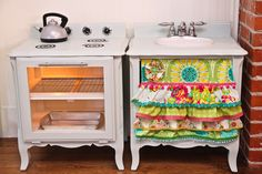 The Farmer's Nest: How to make a play kitchen set out of a pair of nightstands {DIY}.                  Very cute...