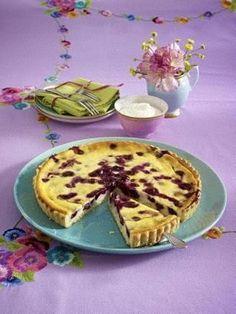 Buttermilch-Quarktarte mit Heidelbeeren