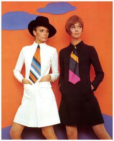 Birgit Larsen (l) and Ina Balke (r) in wool crêpe dresses by Chiwitt, photo by F.C. Gundlach for Brigitte 18:1967, Hamburg