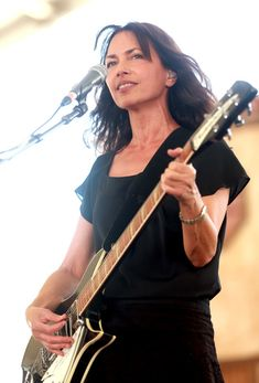 Susanna Hoffs Photos - Musician Susanna Hoffs performs onstage during day 3 of 2014 Stagecoach: California's Country Music Festival at the Empire Polo Club on April 2014 in Indio, California. Susanna Hoffs, Female Guitarist, Beautiful Guitars, Polo Club, Blues Rock, Pop Rocks, Great Bands, Rock Music, Country Music