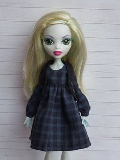 Dress and waistcoast for Monster High doll por Kosucas en Etsy
