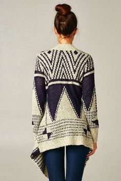 dcb32b0138 Oversized Noah Sweater Outfits Invierno 2016